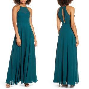 Night of Romance Emerald Green Sleeveless Dress